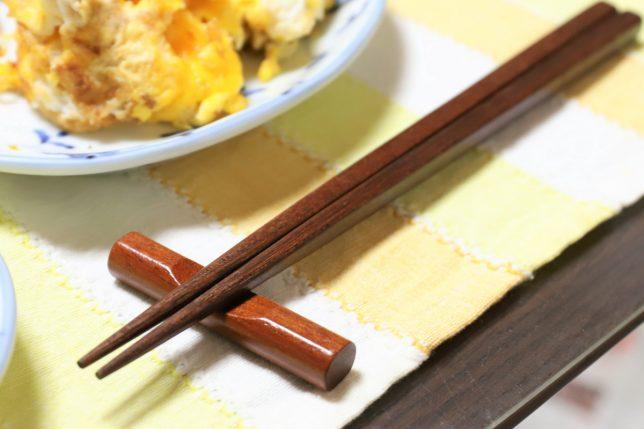 おばあが初詣の清荒神で買ってきた新しい箸