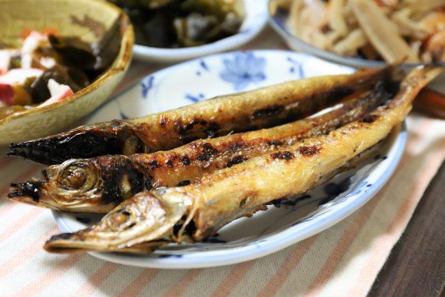 祖母(おばあ)が孫の誕生日に作った、ニギスらしき魚を焼いたもの