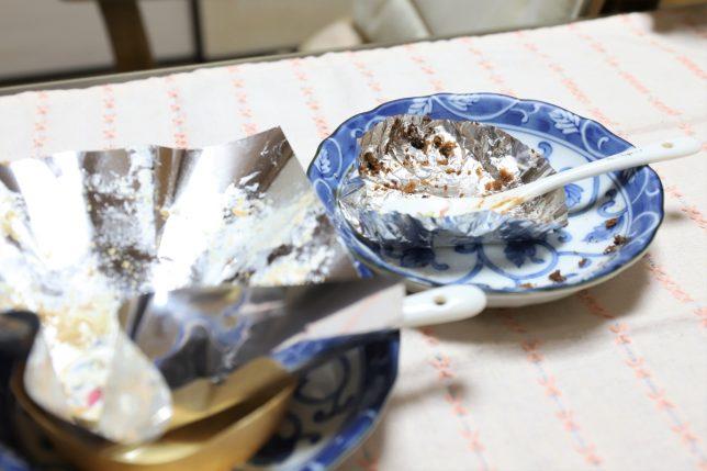 ガトーショコラとモンブランを食べ終えた空の皿