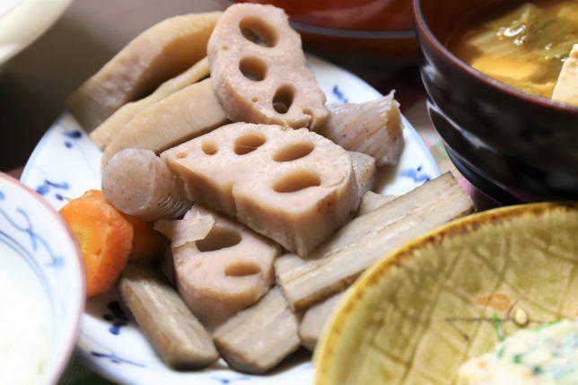 祖母(おばあ)が作った根菜の煮物