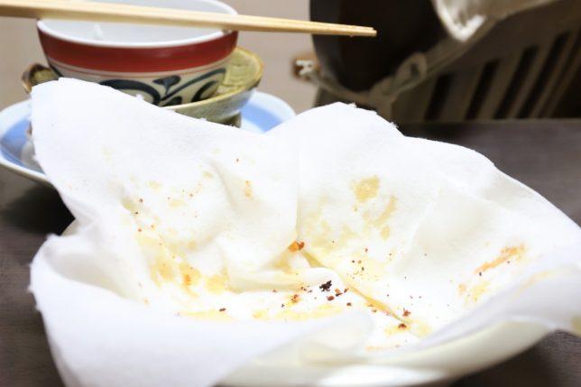 唐揚げを食べたあとの皿