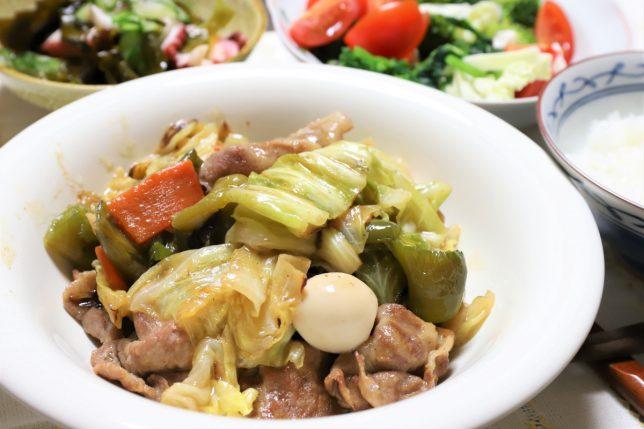 中華風炒め物や酢の物など、祖母(おばあ)が作った晩ごはんのメニュー