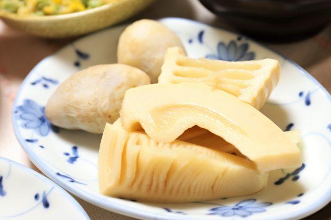タケノコと里芋の煮物