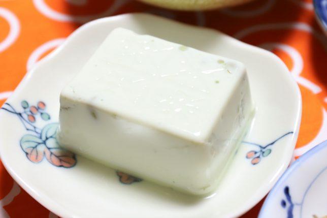 祖母(おばあ)が買ってきた豆豆腐