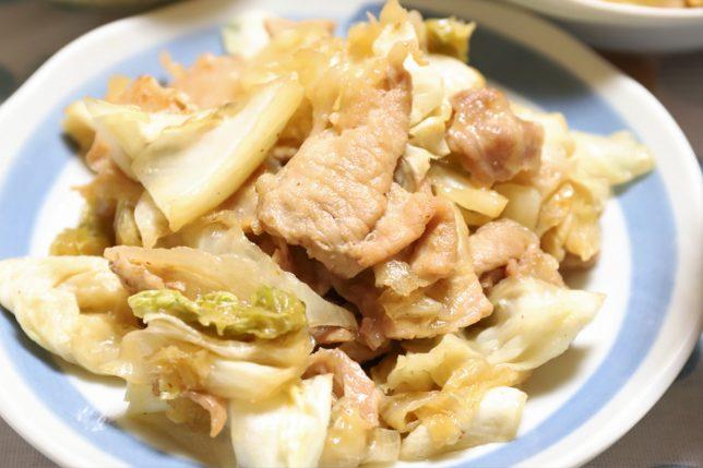 豚肉とキャベツを炒めたもの