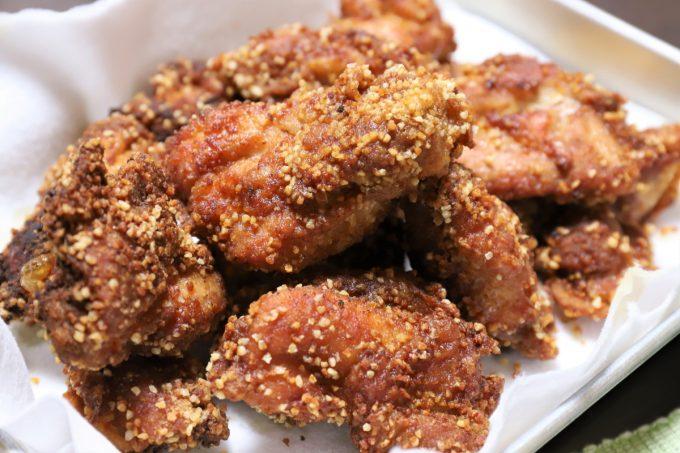 ヒガシマル「揚げずにからあげ」を使った鶏の唐揚げ
