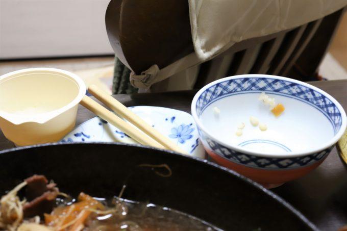 祖母(おばあ)が夕飯を食べたあとの空の食器