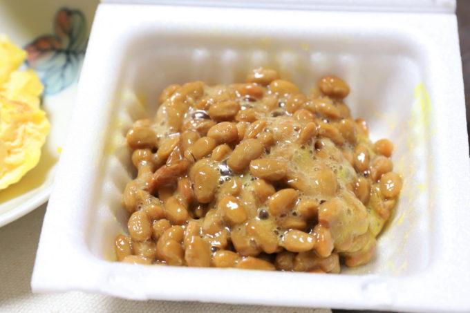 タカノフーズ「発酵コラーゲン納豆」を混ぜたところ