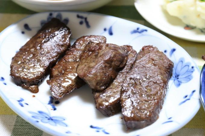 祖母(おばあ)が焼いた牛肉