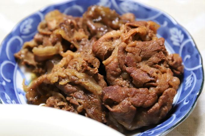 牛肉のすき焼き風炊いたん