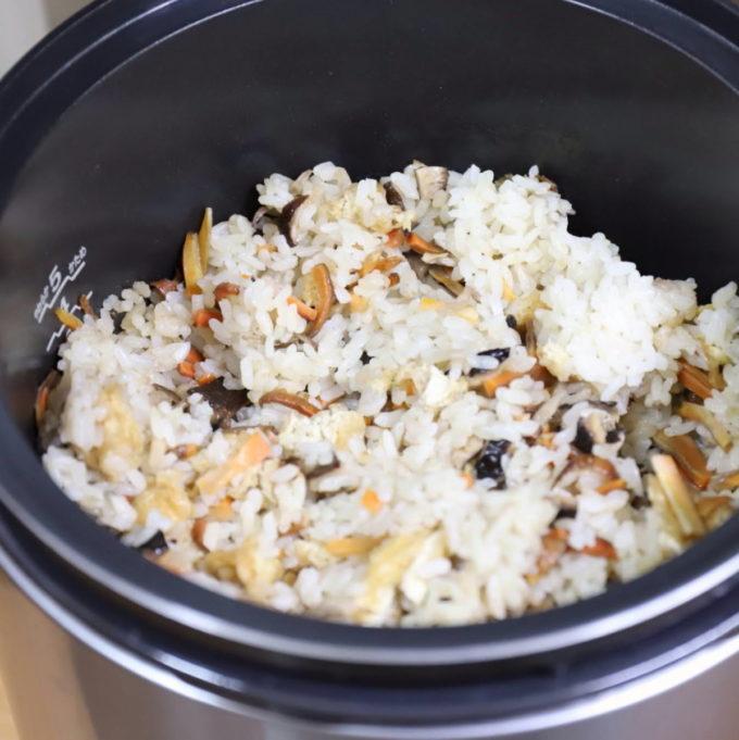 リンナイのガス炊飯器で炊いた炊き込みご飯