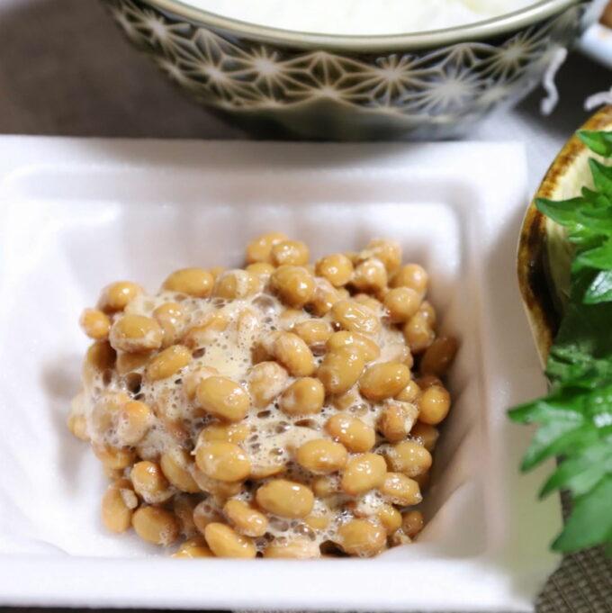 パックの中でかき混ぜた納豆