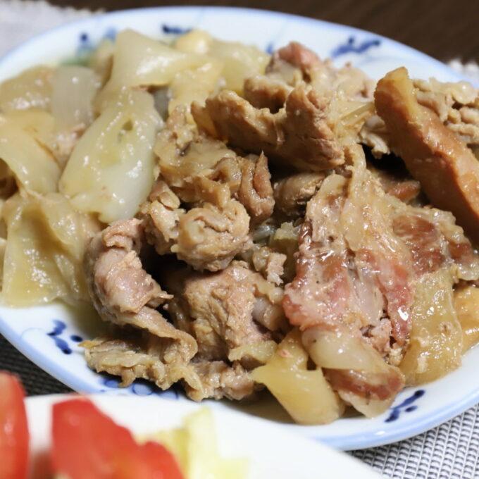 豚肉と玉ねぎを煮込んだ豚丼の具