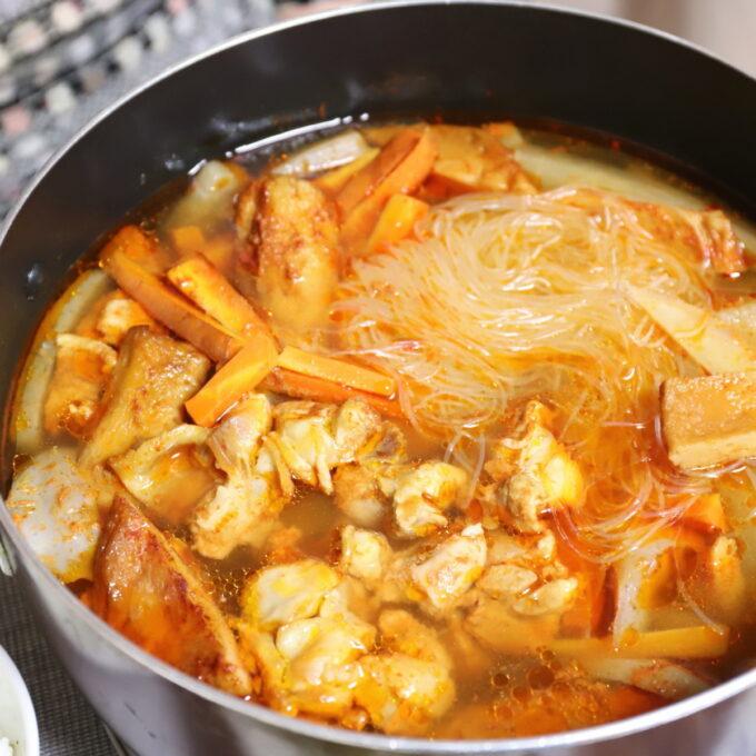 鍋の中に入っているキムチ鍋